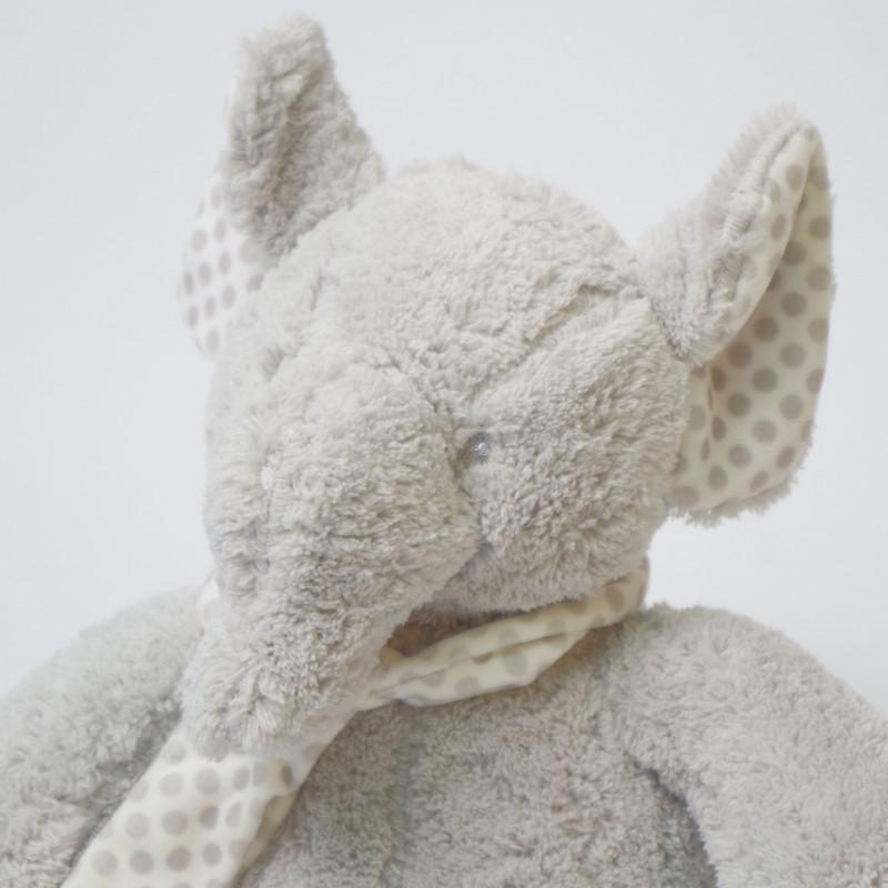 Manta topos + elefante de peluche gris